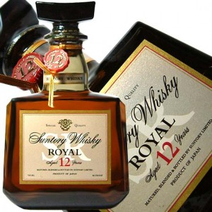 SUNTORY_ROYAL_Japanese_Whisky_aged_12_years_old_700_ml