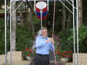 rs_1024x759-140818192800-1024.Bill-Gates-Ice-Bucket-Challenge.ms.081814