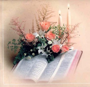 Bible_-_Flowers_-_Candles
