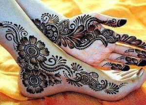 Foot-Legs-Mehndi-Designs-1
