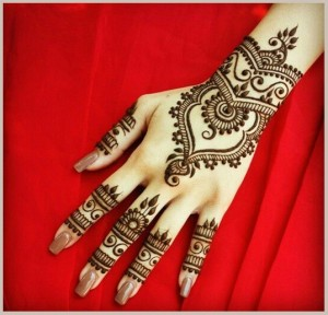 Traditional_mehndi_design
