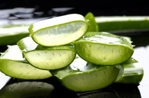 Amazing-Uses-Benefits-of-Aloe-Vera-Gel