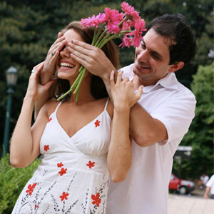 Here's How to make Your Girlfriend Feel Special - 20 Tips