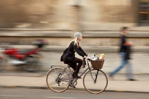 woman-cycling-to-work