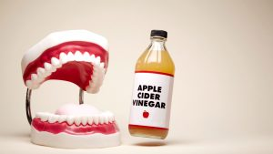 13-apple-cider-vinegar-teeth