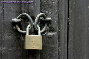 Locked_door